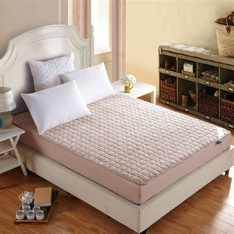 Colored Mattress Cover by Solid Color Bed Protection Pad King Mattress Cover Topper With Filling