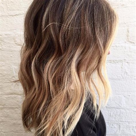 Medium Length Hairstyles With Highlights by 100 Caramel Highlights Ideas For All Hair Colors