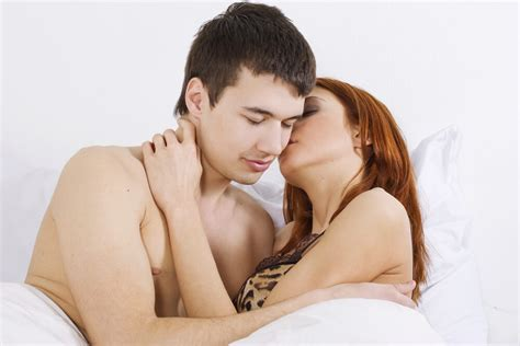 how to please a man sexually in bed how to increase sex stamina in men men health india