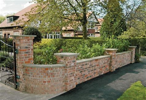 front yard brick wall best 25 brick fence ideas on