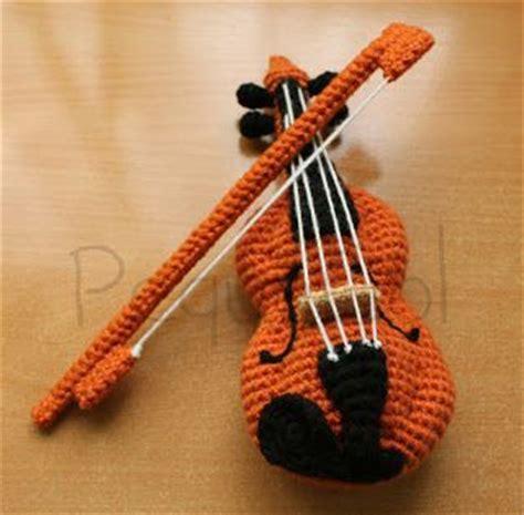 amigurumi guitar pattern free viol 237 n amigurumi o crochet musical instruments