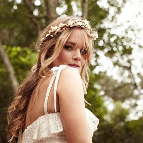 getting fullness on the hair crown do you feel confused when you are choosing wedding dress