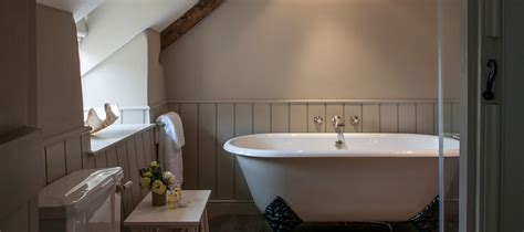 b q en suite bathrooms home on pinterest border oak english homes and cottages