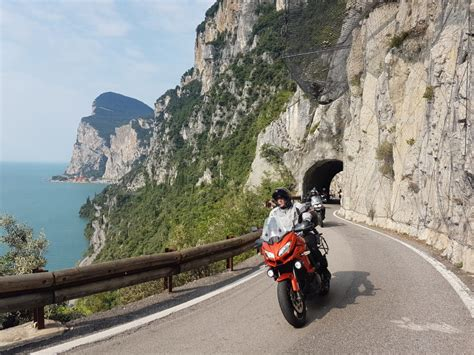 Gardasee Motorradverleih by 7 Tage Kurvenzauber Gardasee Auf Almoto Motorrad Reisen