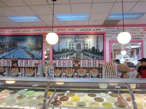 la casa gelato cho and lychee options picture of la casa gelato