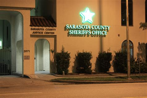 Sarasota County Sheriffs Office by New Signs Help Locate Sarasota County Sheriff S