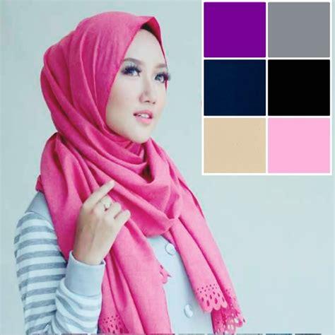 tutorial jilbab pashmina untuk acara santai cara memakai hijab pashmina simple untuk pesta bundaku net