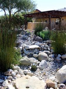Pebbles And Rocks Garden Home Dzine Garden Ideas Pebble And Rock River Bed For Garden Drainage