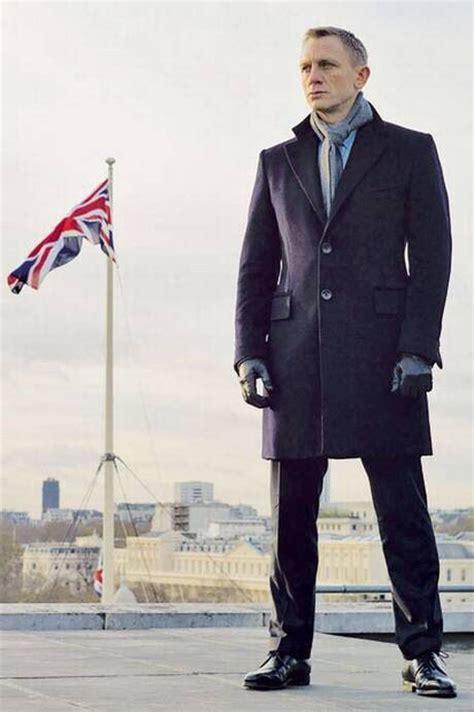 Bond Skyfall Wardrobe by De Ultieme Jas Voor De Herfst De Overcoat