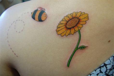 cartoon bumble bee tattoo cartoon bumble bee tattoos