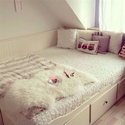tumblr beds jewels tumblr bedroom bedroom bedding throw candle