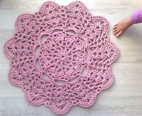 crochet pattern x 10 free crochet doily patterns