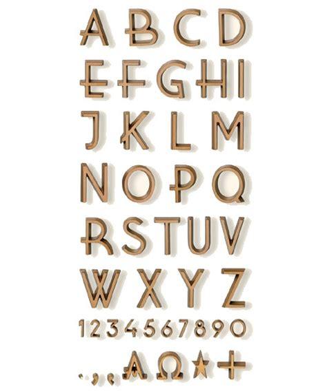 lettere in bronzo lettere in bronzo per monumenti e cimiteriali carattere vilvo