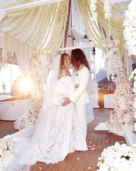 heidi klum tom kaulitzs official wedding photo revealed