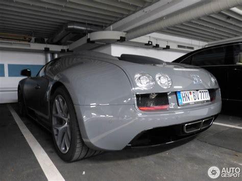 cool car colors grey bugatti veyron is a cool car