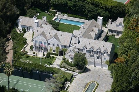 tom cruise mansion tom cruise photos photos tom cruise s and katie holmes