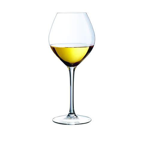 verre de verre a vin blanc ou