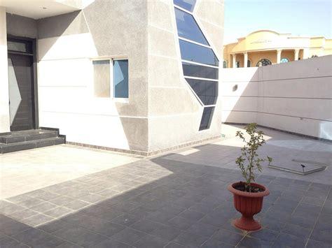 terrassenplatten keramik oder beton terrassenplatten aus naturstein keramik oder beton
