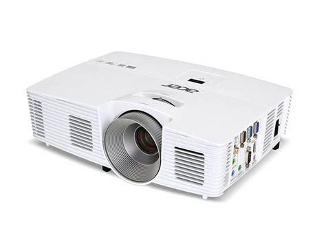 best backyard projector best 25 outdoor projector ideas on pinterest movie