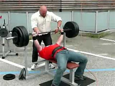 220 bench press chris raidel bench press first time 220 kg 485