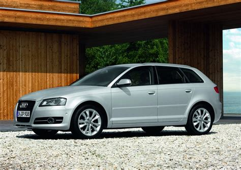 Audi A3 Sportback Attraction 1 6 audi a3 sportback 1 6 tdi attraction s tronic 1 photo