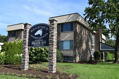 Gated Apartments Ky Regency Apartments At Southland Ky