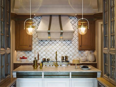 kitchen island light fixture choosing the right kitchen island lighting for your home hgtv