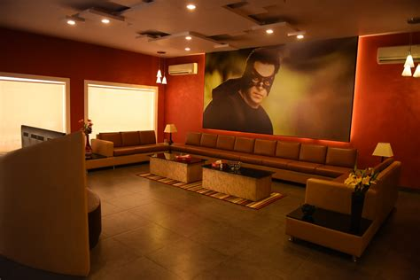 salman khan s chalet at bigg boss gets a superhero twist