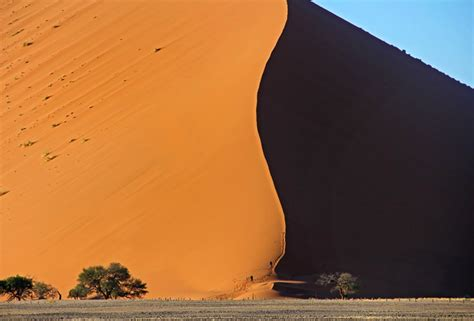 largest beach in the world namibia the highest sand dunes in the world jordan
