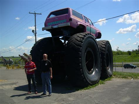real monster truck videos this is the real super monster truck biggest in the world