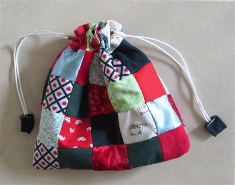 Patchwork Gifts Free Patterns - scrappy patchwork gift bag allfreesewing