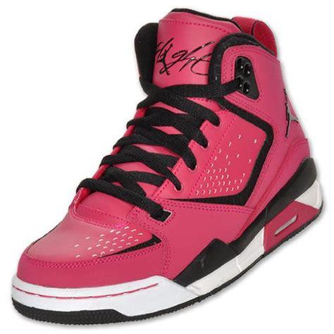 basketball shoes kid nike sc2 basketball shoes voltge cherry