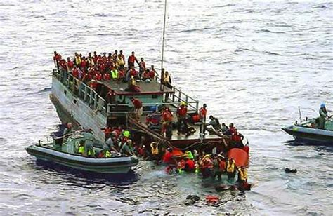 refugee boat conditions indonesia australia canberra rescues over 200 refugees