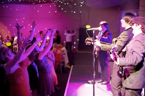wedding bands live expert tips on hiring live musicians for your wedding by
