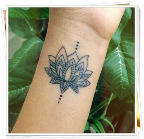 tattoo flor de lotus estilizada tatuagem flor de l 211 tus no ombro no bra 231 o nas costas e na