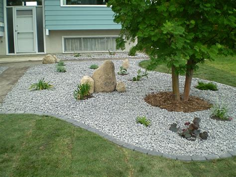 Rock Garden Landscape Boulders Feature Rocks Bubblers Whitemud Landscaping And Garden Center Edmonton