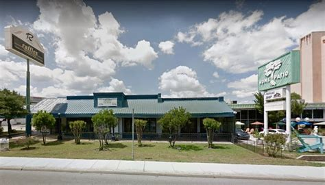 Retail Detail Is Hm Going High End Second City Style Fashion by 1039 Ne Loop 410 San Antonio Tx 78209 Retail For Lease