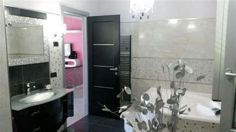 bagni moderni con vasca idromassaggio bagno moderno con vasca idromassaggio rivestito in gres