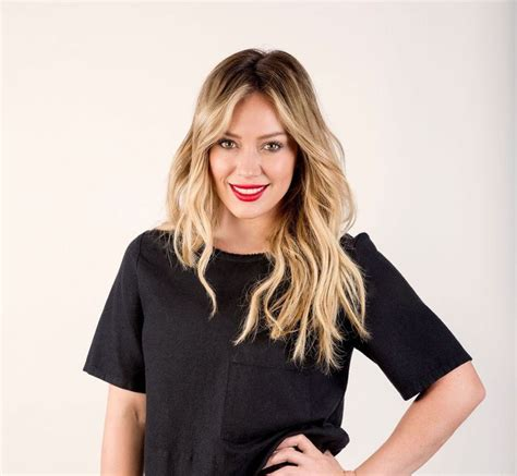 Hilary Duff Keeps Clothes On For Fhm by Best 25 Hilary Duff Makeup Ideas On
