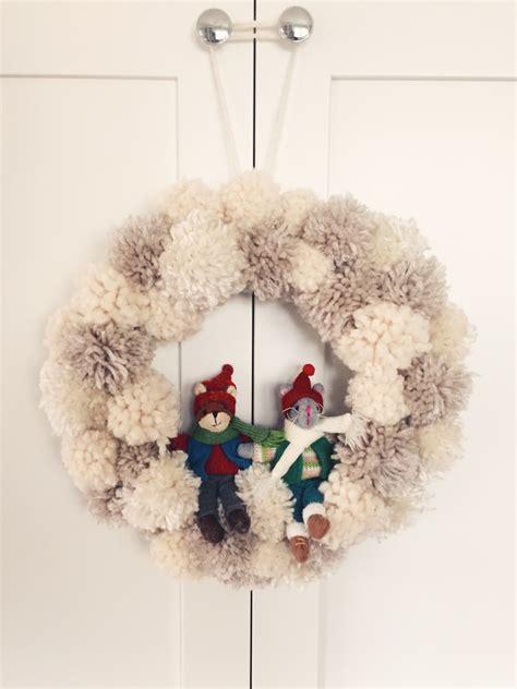 winter wonderland pom pom wreath twineandtable