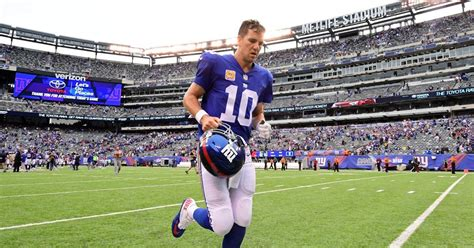 bench eli manning why giants need to bench eli manning after next 5 games ny daily news