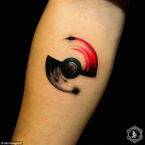 pokeball tattoo 25 best ideas about pokeball on
