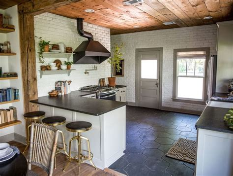"724 best Chip & Joanna's ""Fixer Upper"" images on Pinterest"