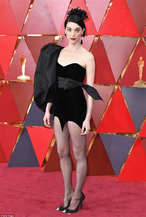 Black Floral Curtains Oscars 2018 Worst Dressed Stars On The Red Carpet Daily