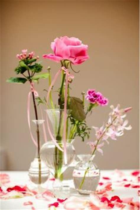 vaasje met bloem in auto 1000 images about bloemen takken on pinterest vase