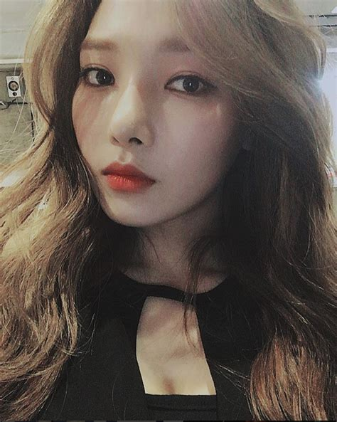 Somin (K.A.R.D)   From Reddit   Pinterest   Kpop, Idol and
