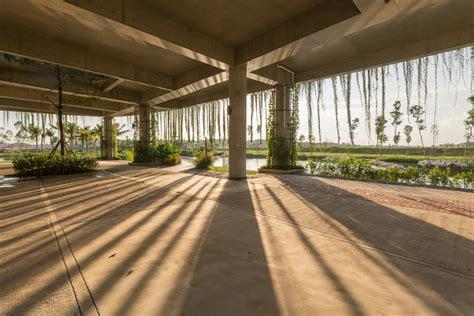 garis architects designs arc sustainable community center