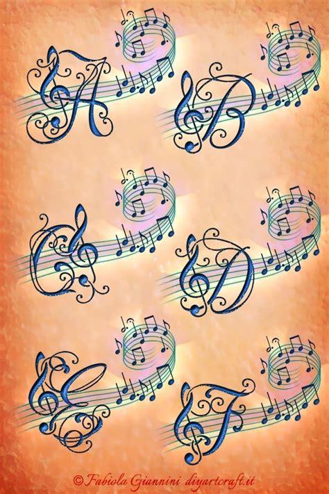lettere stilizzate alfabeto oltre 25 fantastiche idee su chiave di violino su