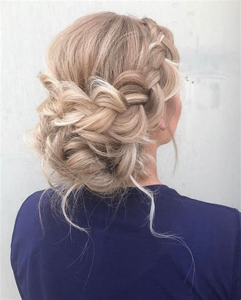 Braid Updo Hairstyles by 25 Best Ideas About Braided Updo On Easy