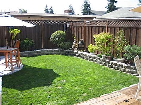 small easy garden ideas small garden landscaping ideas easy garden post
